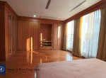 Magnificent-Four-Bedroom-Townhouse-for-Rent-in-Thong-Lor-9