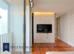 Modern-One-Bedroom-Condo-for-Sale-in-Thong-Lor-15