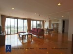 Spacious-Two-Bedroom-Condo-for-Rent-in-Phrom-Phong-1