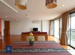 Spacious-Two-Bedroom-Condo-for-Rent-in-Phrom-Phong-7