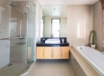 great-location-three-bedroom-condo-rent-ekkamai-6