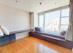 great-location-three-bedroom-condo-rent-ekkamai-9