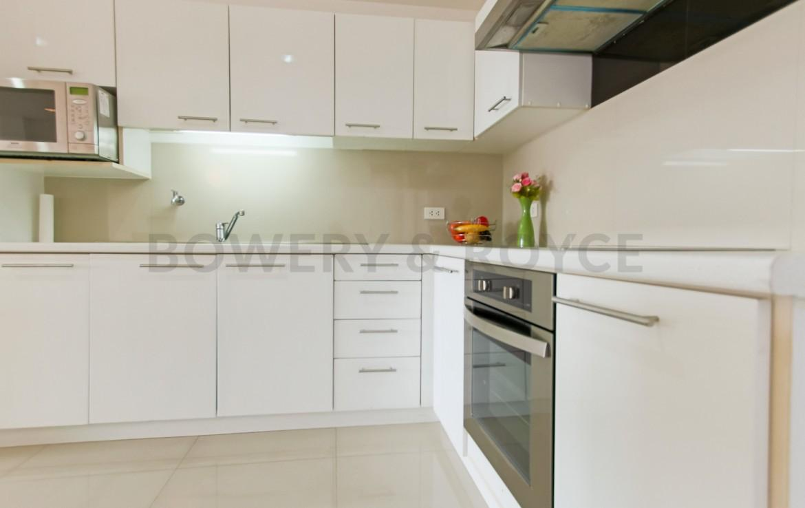 Inviting Two Bedroom Condo For Rent in Ekkamai