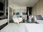 modern-two-bedroom-condo-for-rent-in-phromphong-1