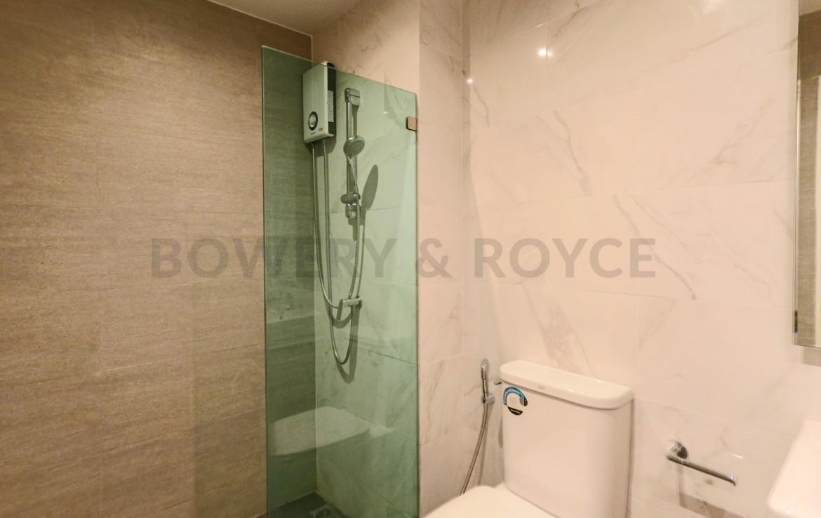 Beautiful three bedroom condo for rent in Phrom Phong - Bathroom