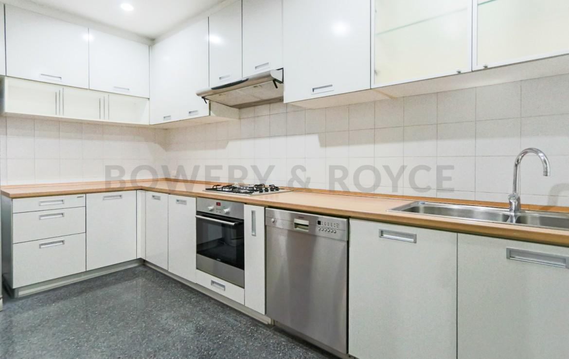 Residential Four Bedroom Duplex Apartment for Rent in Phrom Phong-11