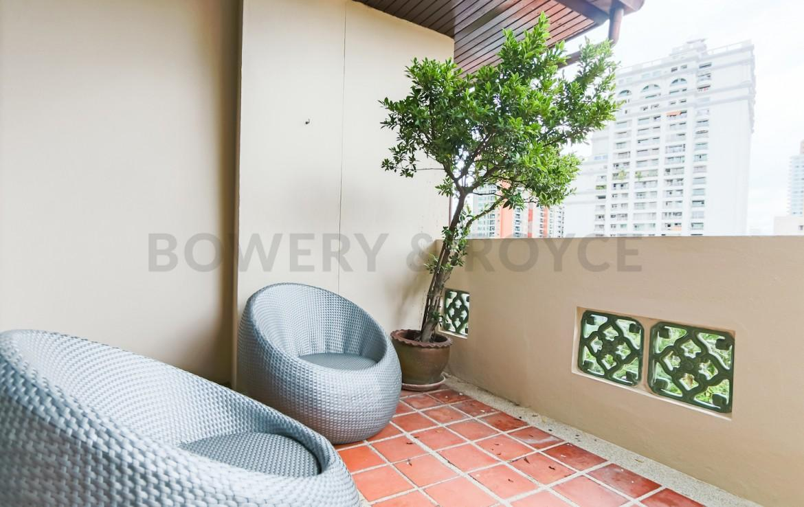 Residential Four Bedroom Duplex Apartment for Rent in Phrom Phong-6