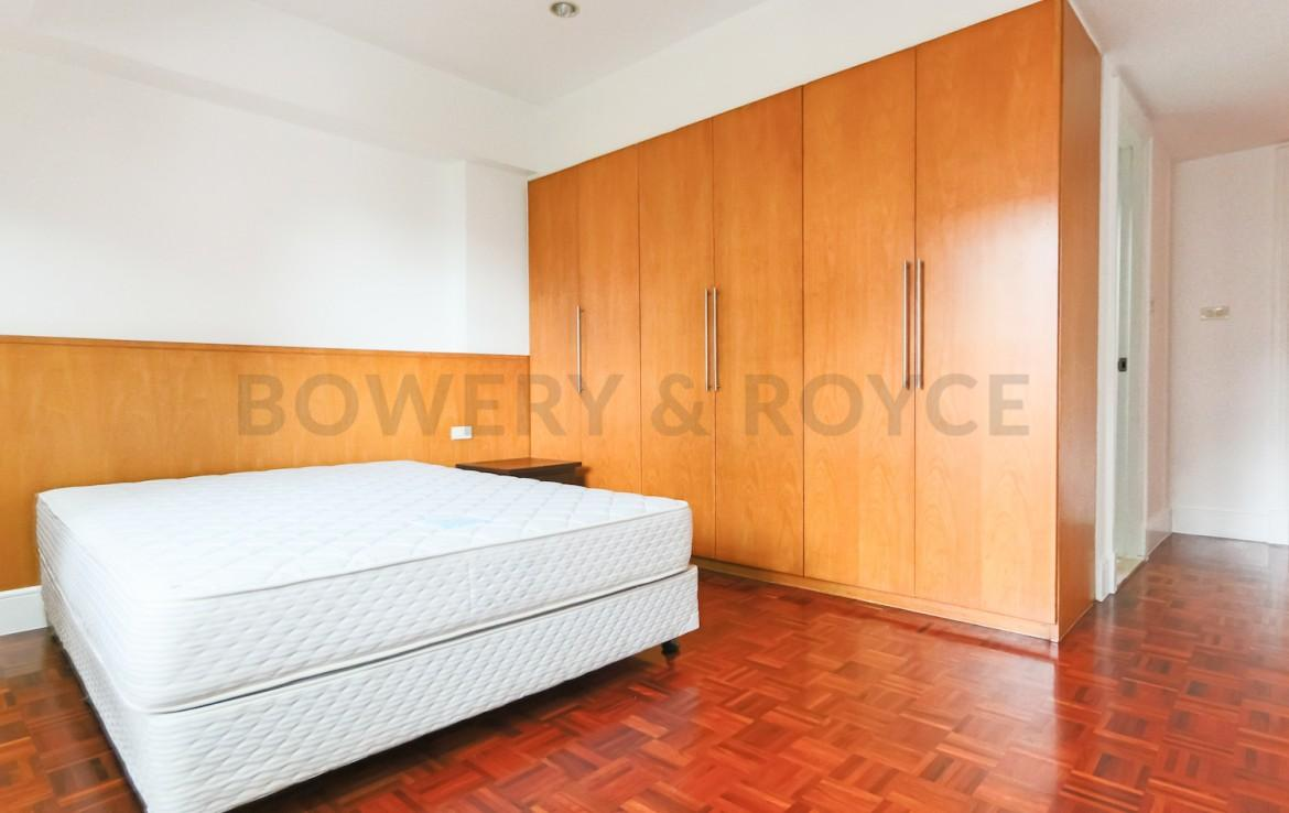 Large Three Bedroom Apartment for Rent in Phrom Phong-14