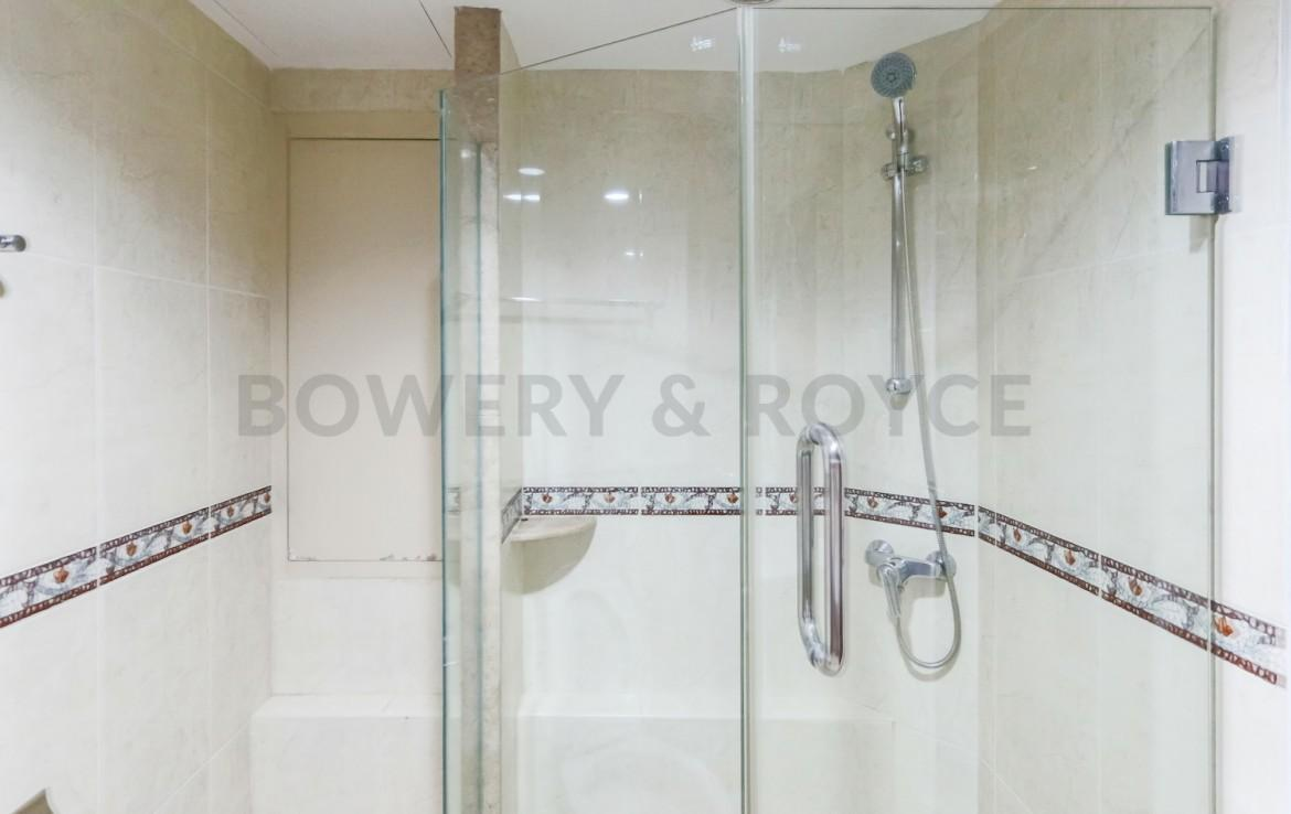 Large Three Bedroom Apartment for Rent in Phrom Phong-15