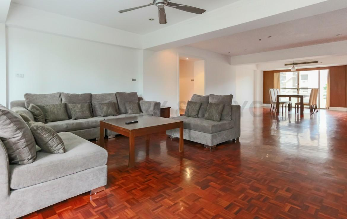 Large Three Bedroom Apartment for Rent in Phrom Phong-19
