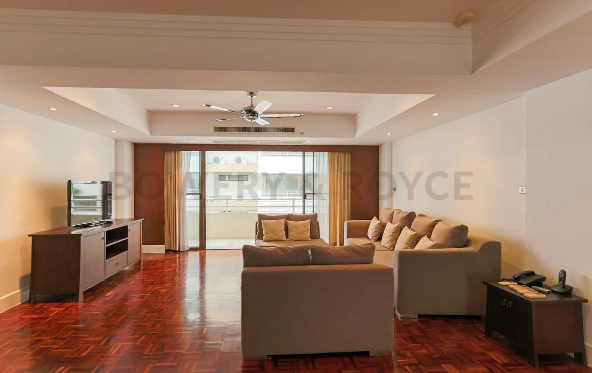 Spacious Four Bedroom Apartment for Rent in Phrom Phong-2