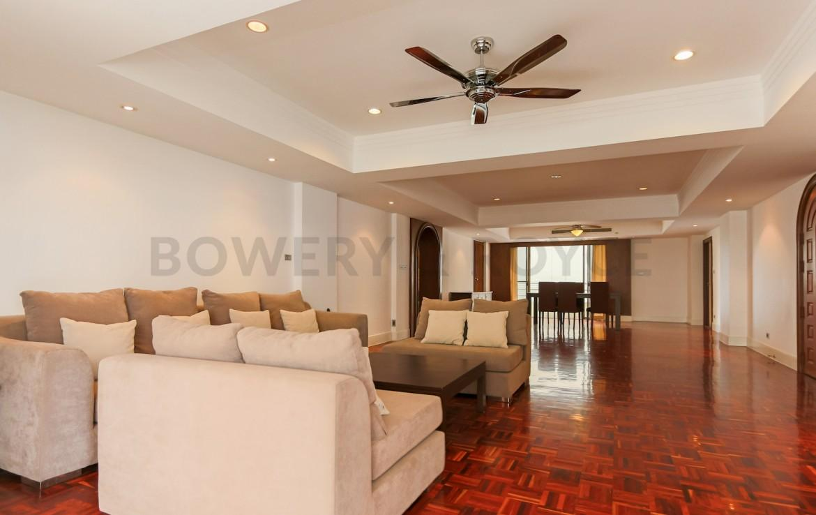 Spacious Four Bedroom Apartment for Rent in Phrom Phong-3