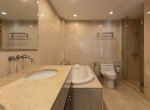 spotless-two-bedroom-condo-for-rent-in-thonglor-16