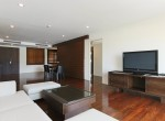 spotless-two-bedroom-condo-for-rent-in-thonglor-3
