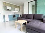 Large-one-bedroom-condo-for-rent-in-ekkamai-2