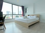 Large-one-bedroom-condo-for-rent-in-ekkamai-8
