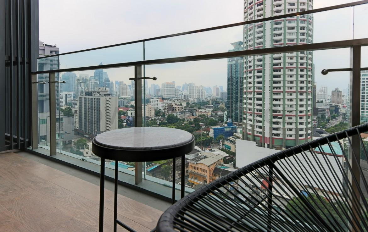 Luxurious Two Bedroom Condo for Rent in Thong Lor