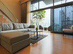 Stunning-three-bedroom-duplex-for-rent-in-phromphong-6