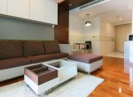 bright-and-light-one-bedroom-condo-for-rent-in-phromphong-1