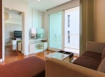 bright-and-light-one-bedroom-condo-for-rent-in-phromphong-4