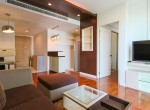 bright-and-light-one-bedroom-condo-for-rent-in-phromphong-5