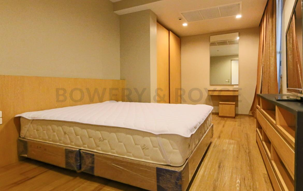 Bright & Light Three Bedroom Apartment for Rent in Asoke
