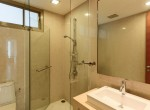 green-view-two-bedroom-condo-for-rent-in-phra-khanong-15
