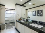 magnificent-five-bedroom-condo-for-rent-in-ekkamai-24