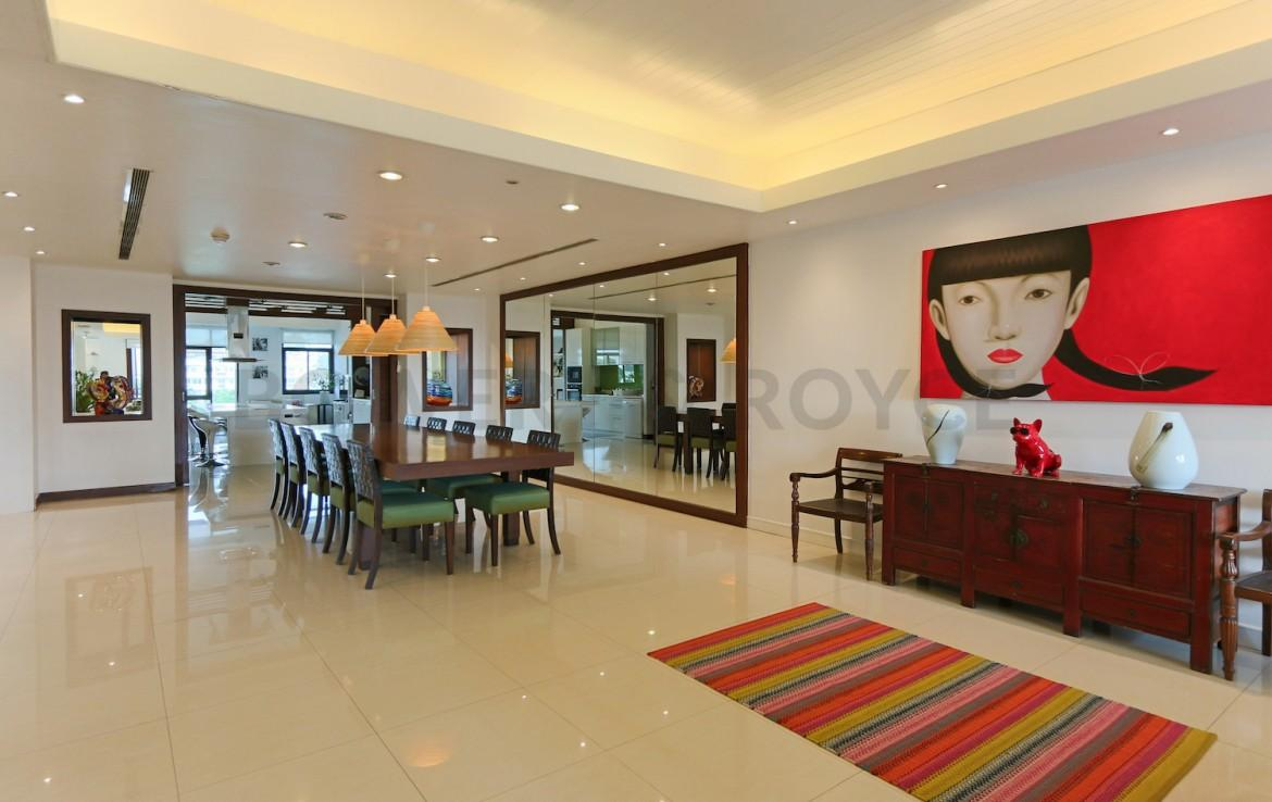 Magnificent Five Bedroom Condo for Sale in Ekkamai