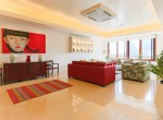 magnificent-five-bedroom-condo-for-rent-in-ekkamai-7