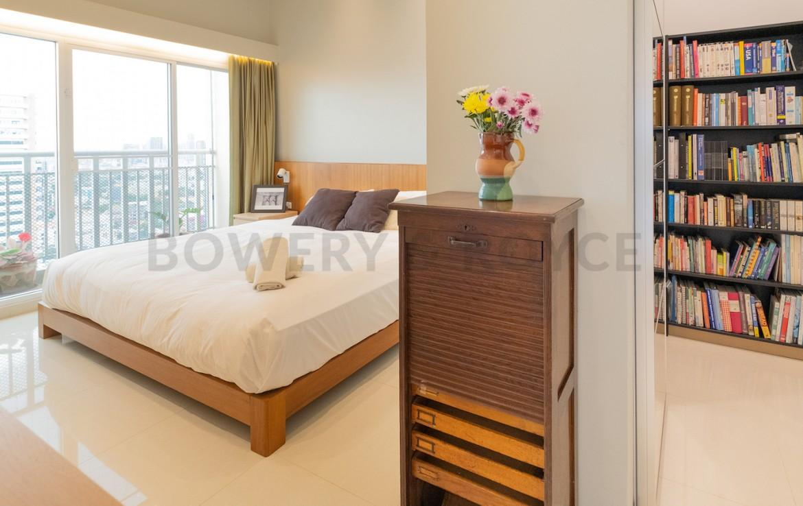 Beautiful Decorated Three Bedroom Condo for Sale in Thong Lor