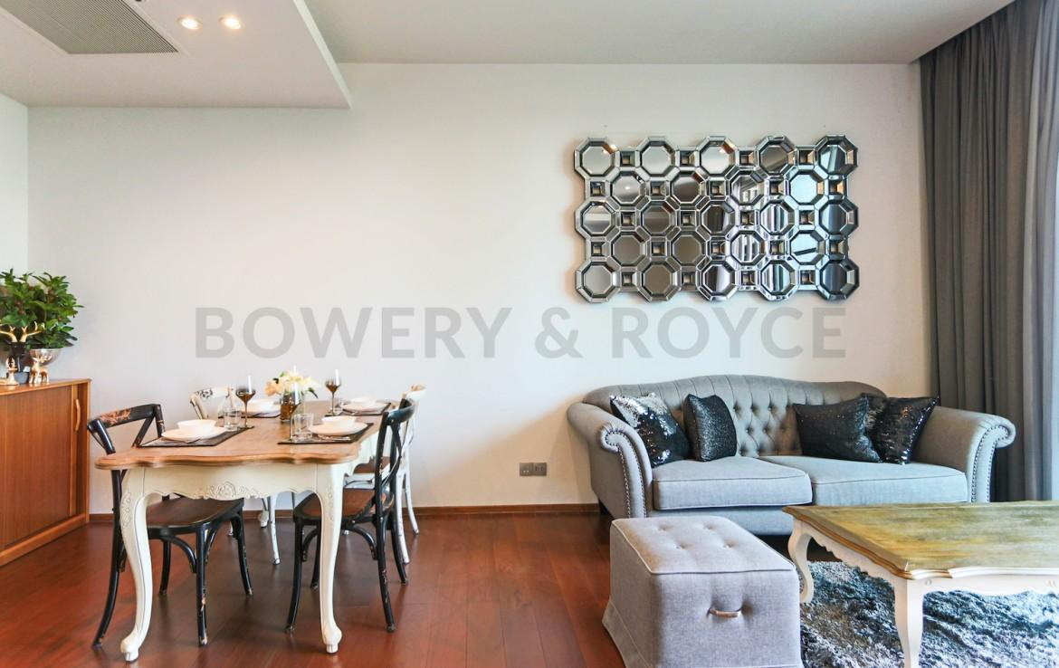 Chic two bedroom condo for rent in Thong lor