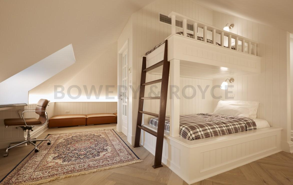 Luxurious Four Bedroom Townhouse for Sale in Thong Lor-31