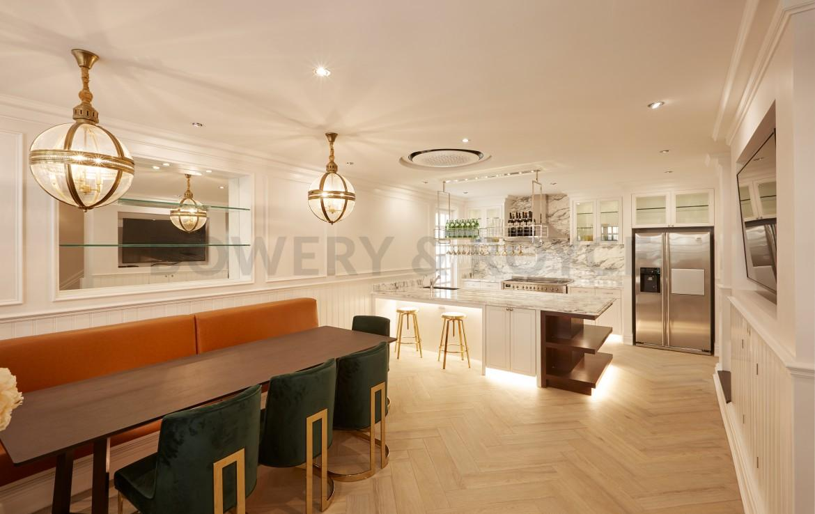 Luxurious Four Bedroom Townhouse for Sale in Thong Lor-3