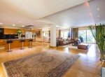 spectacular-four-bedroom-condo-for-rent-in-thonglor-1