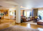 spectacular-four-bedroom-condo-for-rent-in-thonglor-2