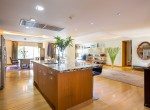spectacular-four-bedroom-condo-for-rent-in-thonglor-4