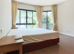 Garden views Three Bedroom House for Rent in Thong Lor-11
