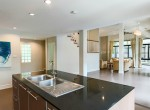 Garden views Three Bedroom House for Rent in Thong Lor-7