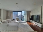 contemporary-two-bedroom-condo-for-sale-in-phromphong-1