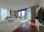 contemporary-two-bedroom-condo-for-sale-in-phromphong-2