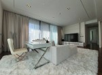 contemporary-two-bedroom-condo-for-sale-in-phromphong-4